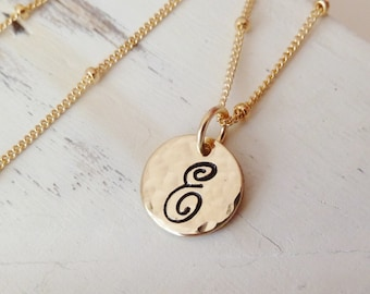 Custom Initial. Personalized gift for her. Personalized Necklace. Gold or Silver. Gift for a daughter. Gift for friend. Christmas gift
