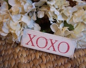 XOXO - Mini Wood Distressed Sign