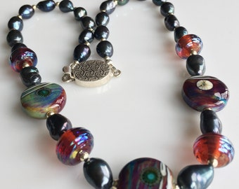 Pearl and Lampwork Glass Beaded Necklace