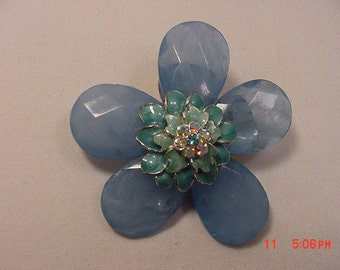 Vintage Blue Rhinestone Accented Flower Blossom Brooch  17 - 132
