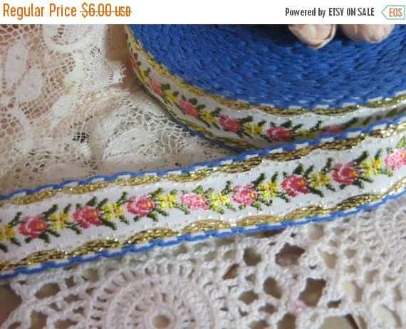ON SALE Floral French Jacquard Silk-1 yard-Old Sock-Petite Roses