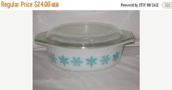 ON SALE Vintage Pyrex Snowflake Casserole Dish with Lid
