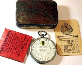 1912 made Antique Wynne's Infallible Hunter Meter - Early Pocket Exposure Meter
