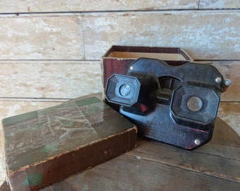 Vintage Sawyer's Viewmaster Deluxe with Original Box, Paperwork and Reels