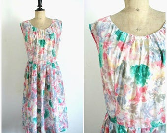 Vintage 50's Midi Flower Print Summer Day Dress / Medium Size