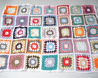 Vintage Hand Crochet Granny Squares Blanket Afghan Throw 44 x 31 inches