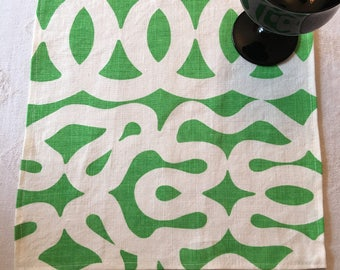 NAPL#1528, Large Napkins, Large Napkin Set, Green and White Napkins, Cloth Napkins, Napkins, Set of 9 Napkins, Table, Kitchen Napkins,