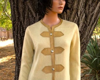 AMAZING CASHMERE CARDIGAN Sweater  Circa 1960s Suede Trim Silver Buttons Size 40 Made for Roos Atkins California Mint