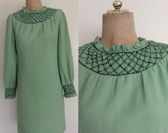 1970's Sage/Mint Smocked Collar Mod Shift Dress Size Small by Maeberry Vintage