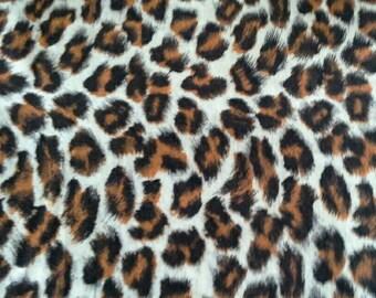 Leopard Print Vintage Cotton Fabric 1 3/4 Yards X0686 Animal Pattern