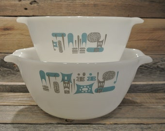 Vintage Fire King Blue Heaven Cinderella Bowl Set
