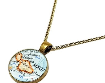 Maui Map Necklace. Maui Necklace. Made With A 1964 Vintage Map. Ready To Ship. Hawaii Map Pendant. Resin Jewelry. Travel Gifts. Wanderlust.