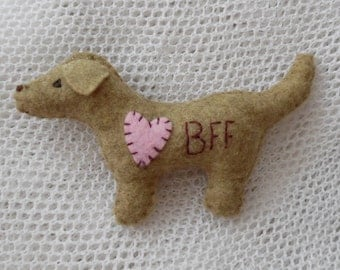 Golden Retriever Magnet Miniature Felt Dog / BFF and Heart