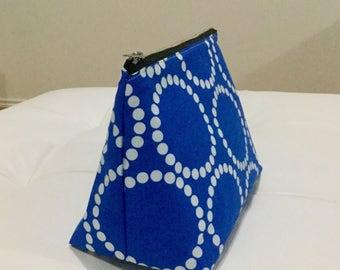 Big cosmetic bag Blue Pearls