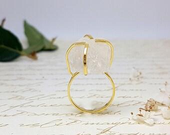 Raw Herkimer Diamond Ring, Raw Stone Ring, Gold Raw Quartz Ring, Alternative Diamond Ring, Rough Gemstone Ring, Quartz Crystal Ring, Gifts