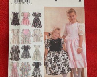 """8967 Simplicity pattern Girls Party Dress Holiday sewing pattern Size 3-4-5-6 Chest 22 23 24 25"""" UNCUT"""