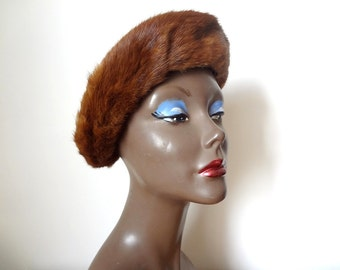 1940s Fur Brim Hat with black felted body and bow - vintage art deco accessory