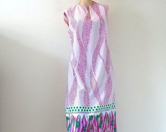 ON SALE 1960s A-Line Dress - vintage floral print knit shift