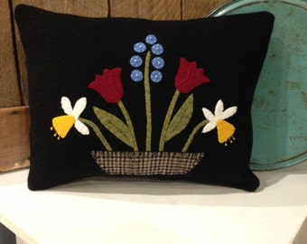Colonial Wool Applique Pillow Floral Folk Art