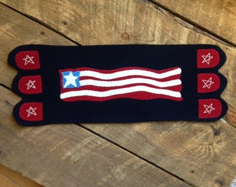 Flag Runner Wool Applique Patriotic Small Table Topper JKB