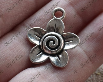 10 pcs of Antique Silver charming flower pendant,metal finding ,flower findings beads,  pendant beads findings