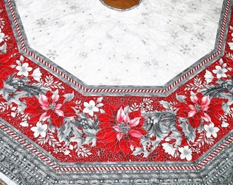 Christmas Tree Skirt Poinsettias, quilted, fabric from Robert Kaufman Holiday Flourish Line