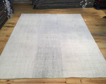 Large Minimal Flatweave Turkish Kilim 10.53' x 8.72'