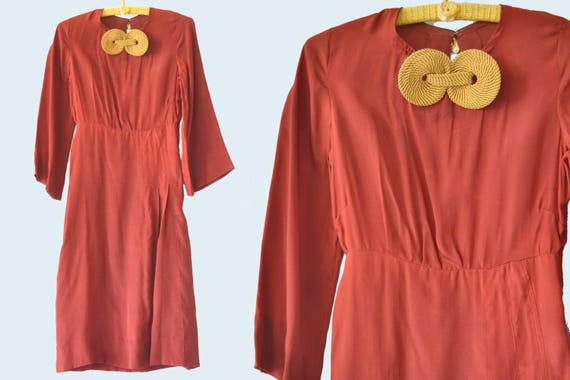 1930s Burgundy Dress, Gold Details, size S