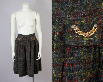 "50s 60s Vintage Wool Speckled Pleated High-Waisted Skirt with Gold Chain (XS, S; 25"" Waist)"