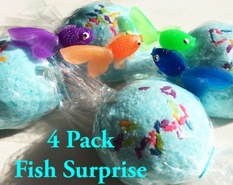 4 FISH BOMBS! with Fun Sprinkles Surprise Fishy Inside!  Fizzy Fishies Bath Candy For Tub Time Fun! 4 Bath Bombs - Ocean Sea Kid Party Favor