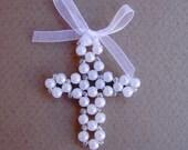 Pearl cross boutonniere - Cross Corsage - Cross Boutonniere - Cross Brooch - Baptism Decoration - Pearl cross - Set of 10