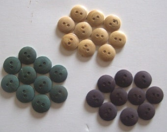 30 wooden buttons 2 holes mm18  0.71 or 0.79 inches  3 colours