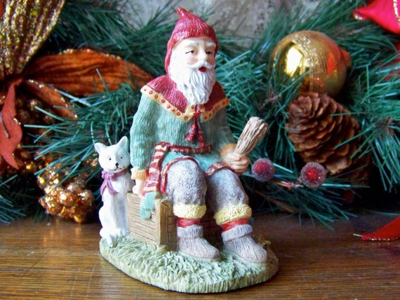 Vintage santa claus figurine sweden international