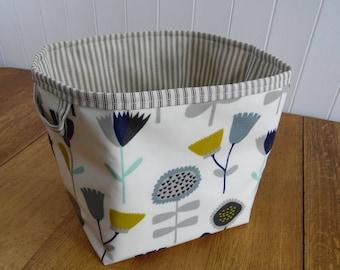 Retro Floral Poppy Heads print oilcloth large storage basket box bin-ticking lining