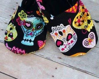 Sugar Skull Booties!!! Sugar Skull Baby - Colorful Booties - Baby Shoes - Babyshower Gift - Baby Shower - Present - New Mom - New Dad