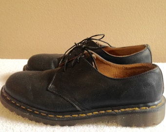 Men's Doc Martens, Doc Martens Mens size 10 USA, Size 9 UK, Oxford style  Doc Martens, 1990's Docs, Black Leather Men's Shoes, vintage Docs