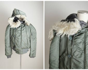 vintage 1974 military olive green N2-B bomber style jacket with fur attached hood -- mens medium