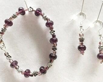 Flower Beaded Bracelet, Flower Bead Earrings, Flower Earrings, Flower Bracelet, Purple Earrings, Purple Bracelet, Purple Jewelry