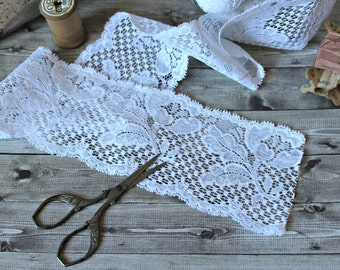 French vintage white Calais lace 4,37 yards floral wedding romantic 1980s retro shabby chic