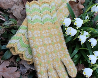 Finely Hand Knitted Estonian Gloves in Paistu Style with Strawberry Bloom Pattern and Spring Snowflakes ORDERS ONLY