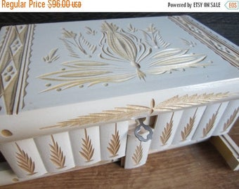 Chic Decorative Gift Vintage Gracious Wooden Jewelry Box Storage Organizer White Large
