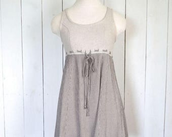 15% OFF - 7 Day Sale Vintage Babydoll Dress Early 90s Beige Black Houndstood Print All That Jazz Linen Blend Sleeveless Sun Dress Small