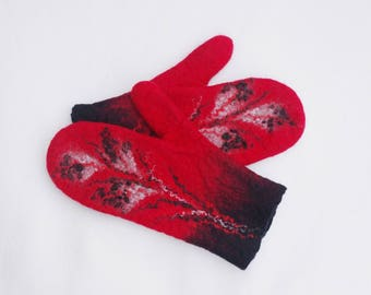 Felted Mittens Merino wool Red Black