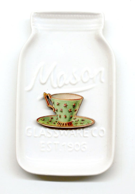 Green Teacup #8 Needle Minder