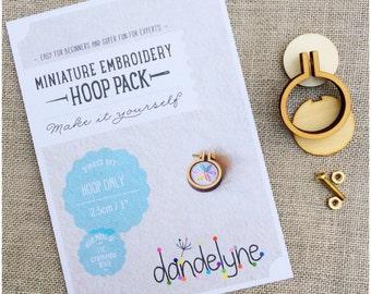 Tiny 2.5cm Miniature embroidery hoop, DIY kit. 2.5cm diameter embroidery hoop.