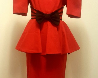 Vintage 1980s Dress. Leslie Lucks. Nipped Waist. Peplum. Red Dress. Small
