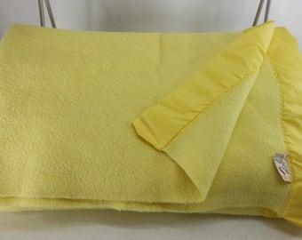 Lemon Yellow FARIBO Fluff Loomed Blanket QUEEN