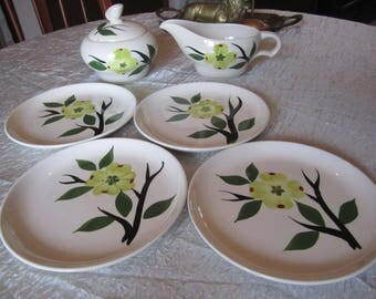 Dixie Dogwood Plate set of 4 with Creamer and Sugar Bowl