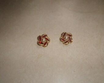vintage clip on earrings goldtone red rhinestones faux pearls