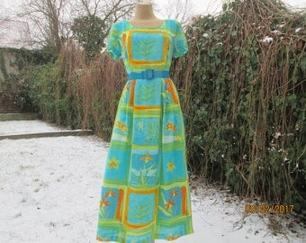 Buttoned on Back Dress / Long Dress / Dress Vintage / Midi / Size EUR38 / 40 / UK10 / 12 / Viscose / Blue / Green / Yellow